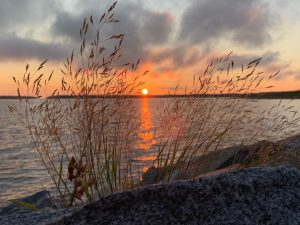 Photo of the sea and sunset nearby Oulu